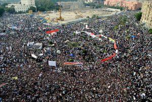 Egyptian Protestors Tahrir Square Nov 2011 Lilian Wagdy wikimedia