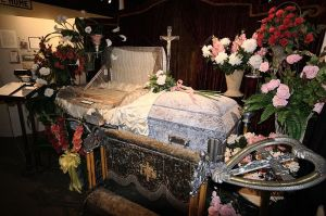 Coffin Robert Lawton wikimedia