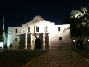 The Alamo at Night Dallas Gibson wikimedia